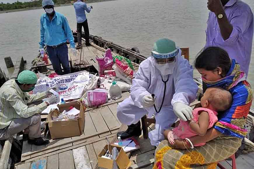Dr Ajoy Mistry turns a boat into his chamber to treat Amphan victims in remote areas!