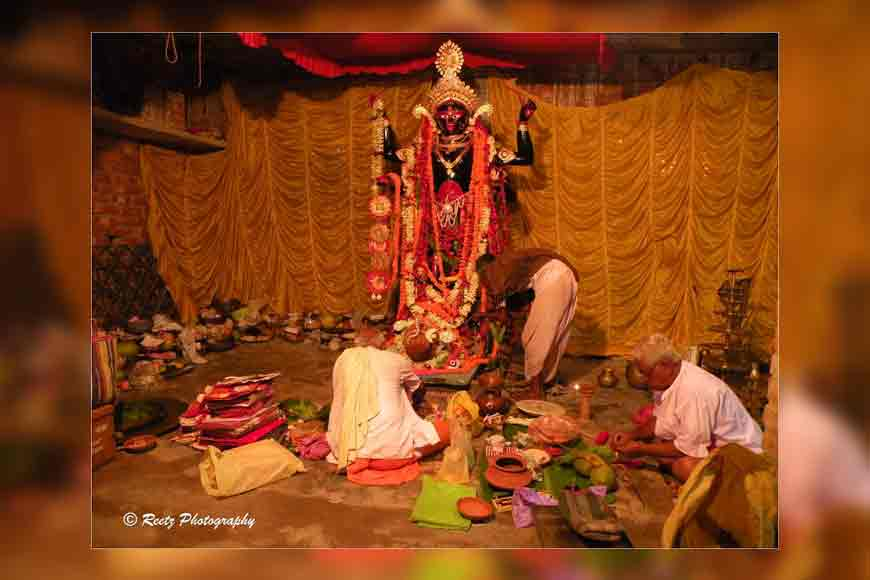 Wish to be part of the oldest domestic Kali Pujo of Bengal?