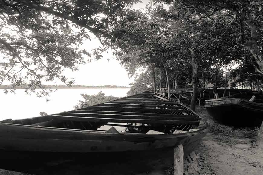 Boat Makers of Balagarh --- holding on to 500-year-old craft of hand building 'engineered' boats