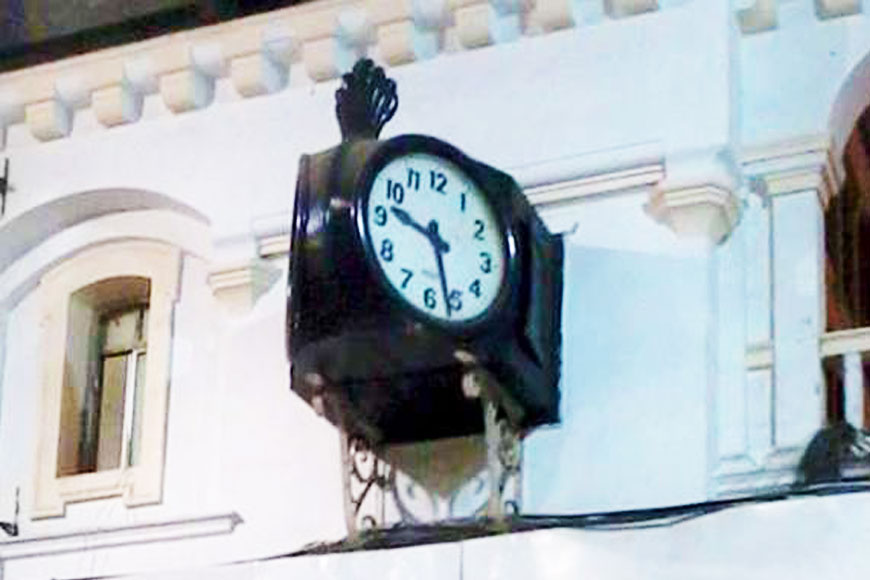 The Big Ben of Howrah Station --- Boro Ghori turns 94!