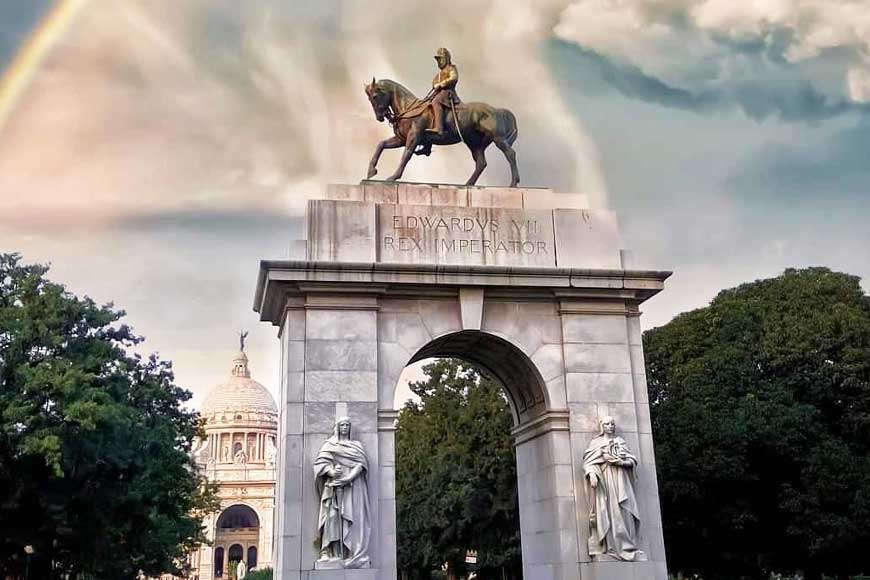 When statues speak! Bengal's statues amalgamate colonial power and local supremacy