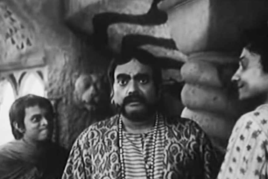 Gupi Gayen Bagha Bayen would be incomplete without Jahar Roy's epic portrayal of mantri moshai
