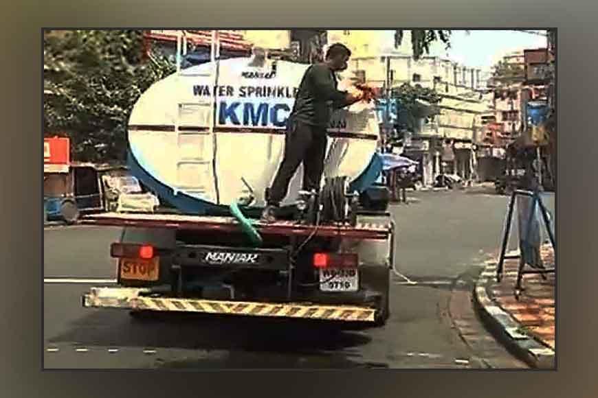 Kolkata Corporation uses disinfectant jet-spray to sanitize streets