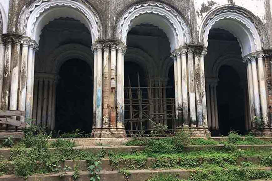 The palace in Murshidabad where Satyajit Ray shot Jalshaghar!