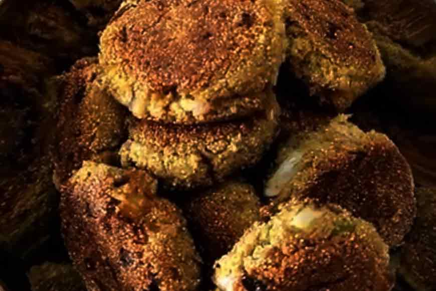This summer do not miss the rare Poppy Seed Fritters of Bankura