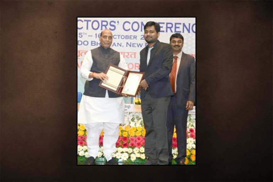 Powder to stop bleeding in 20 secs! DRDO honours Burdwan rice-mill owner's son Sabir Hussain