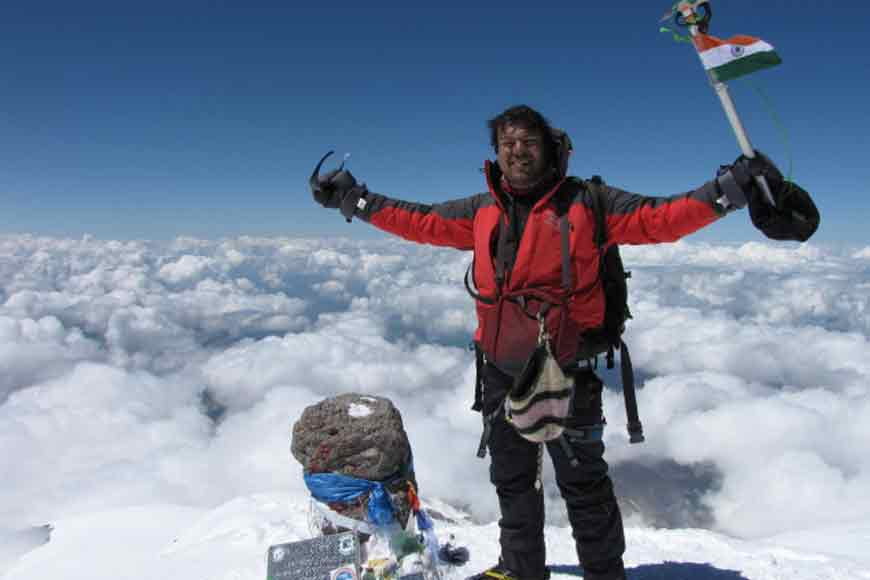 Mountain Man from Bengal conquers Antarctica peak