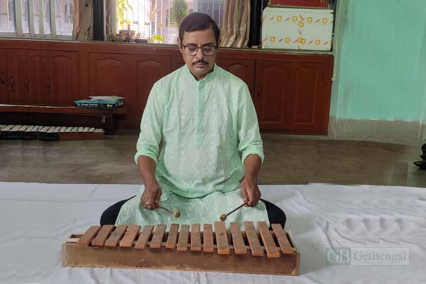 From Baans to Bottle Taranga, Somnath Bandopadhyay creates musical instruments