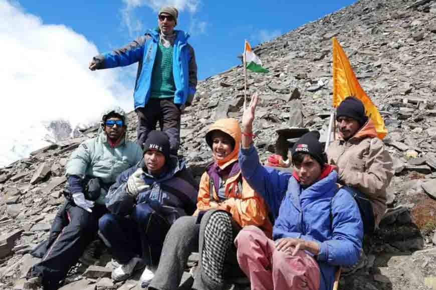 Visually challenged teenager from Bengal climbs 19,000 ft high peak
