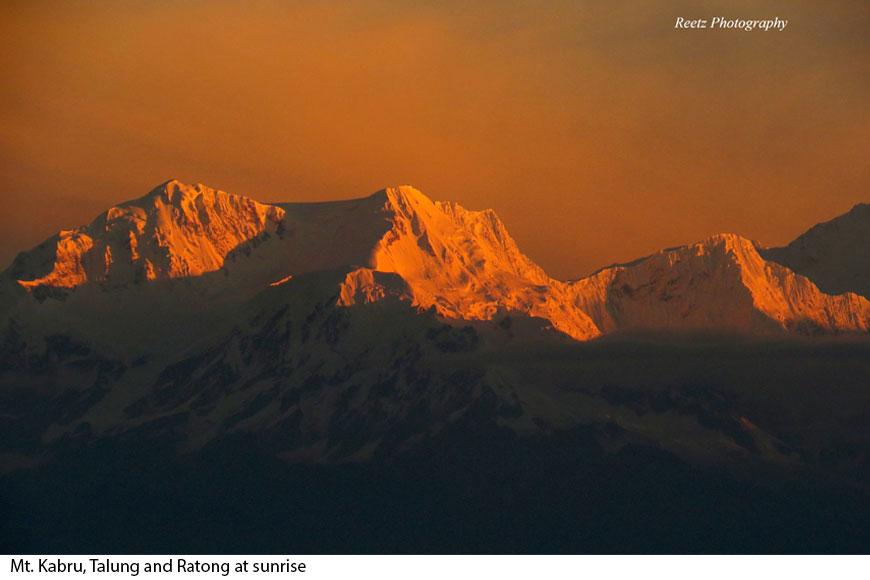 Enjoy a slice of a breath-taking sunrise at Tiffin Dara, Rishop