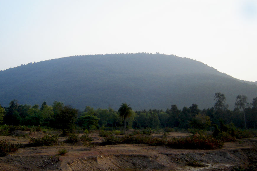 Susunia Hill, Bankura's ancient attraction