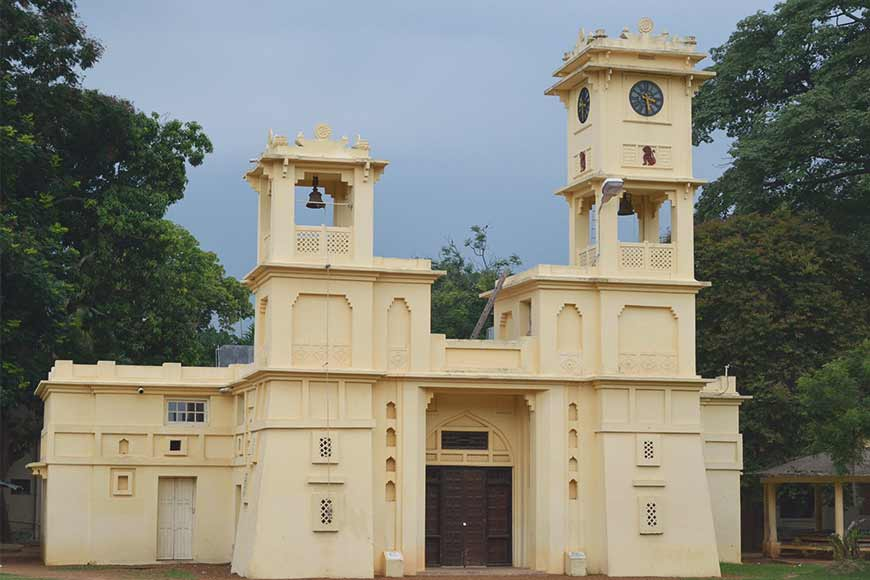 Tagore wanted to break walls – then why walls coming up in Visva Bharati? Ashramites question