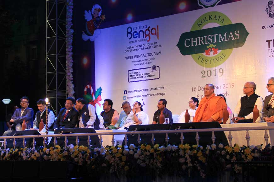 Kolkata Christmas Carnival starts at Allen Park with huge fanfare