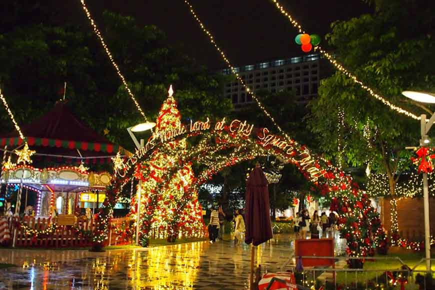 How a child in Singapore misses Kolkata Christmas!
