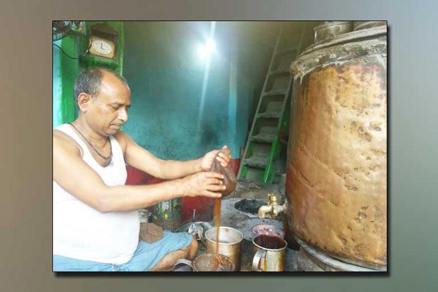 Kolkata's only 'Samovar' Tea shop
