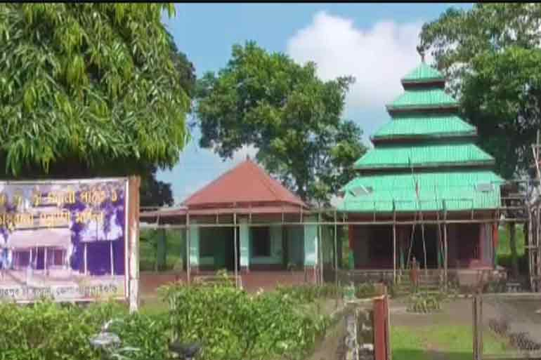 Debi Choudhurani Temple as described in Bankim Chandra's novel gets a facelift!