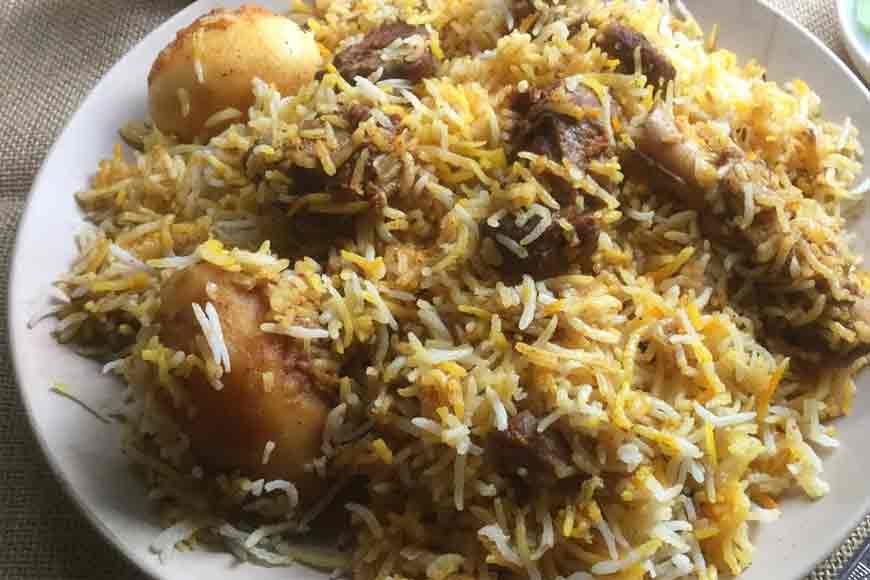 Straight from the Nawab's kitchen-- Biriyani with Aloo