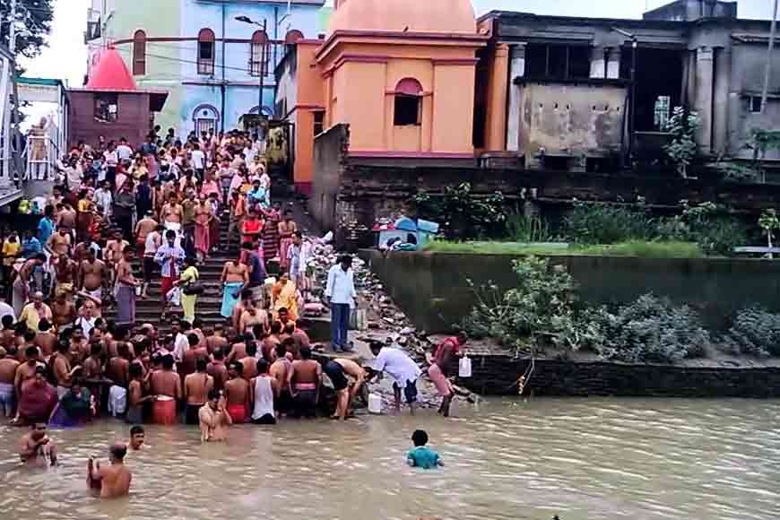 On World Heritage Day, romancing the historical ghats of Kolkata