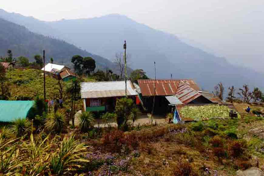 For the best view of Kanchenjungha visit Ichhegaon