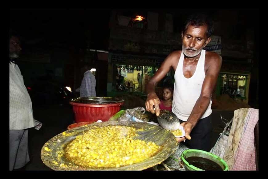 To die for --- Kapilda's Ghugni Chaat at Girish Park