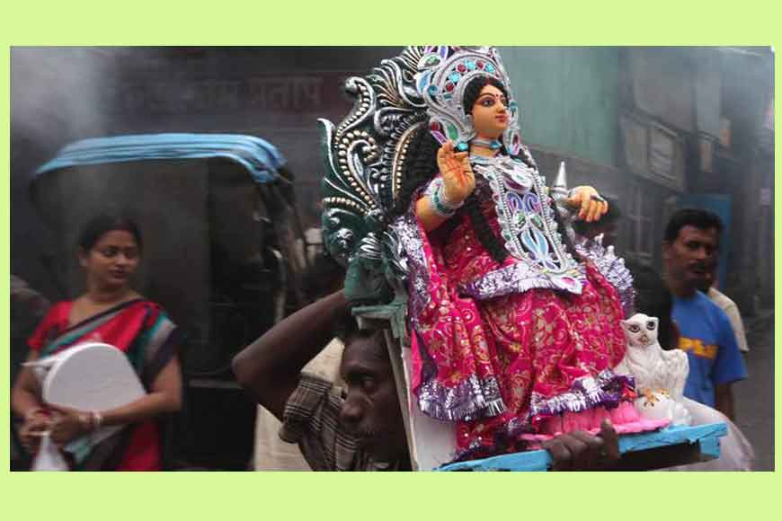 How Lakshmi Puja of Bangaals and Ghotis of Bengal are different!