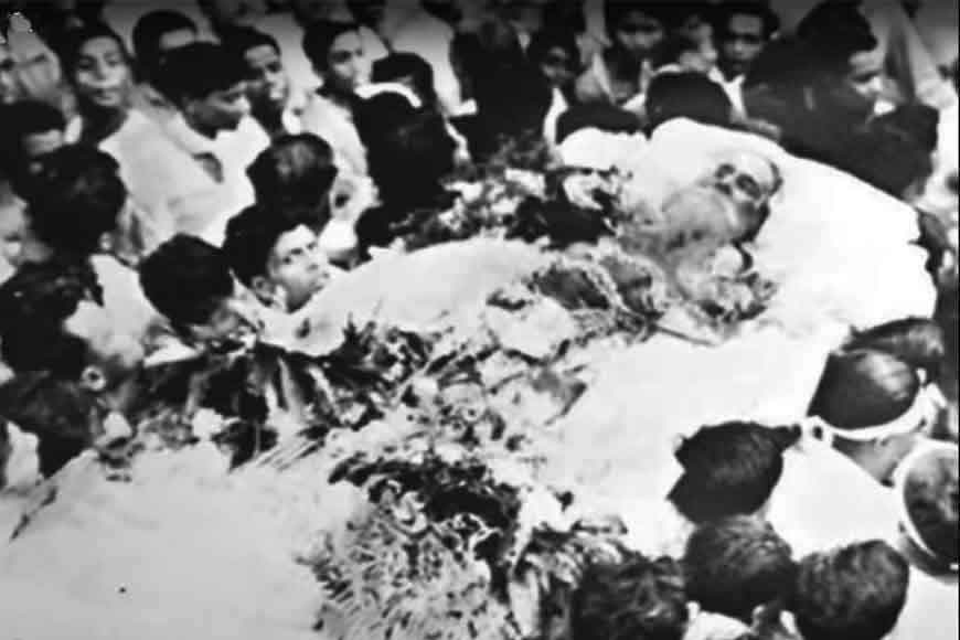 On his last journey Rabindranath Tagore got lost in a sea of humanity