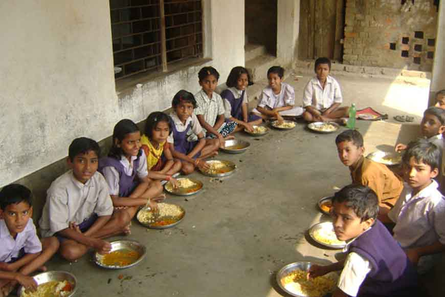 Burdwan to introduce machine cooked hygienic mid-day meals!