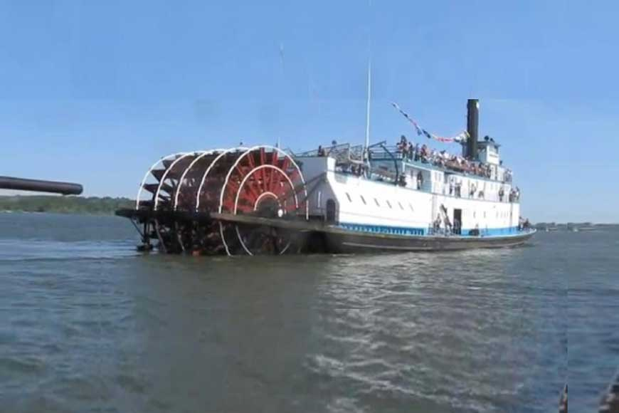 Almost a century old paddle steamer to return to Hooghly