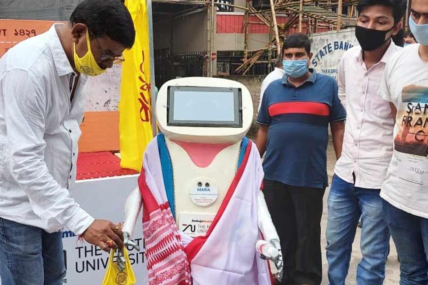 Robot Maria to manage crowds during Durga Puja in Kolkata