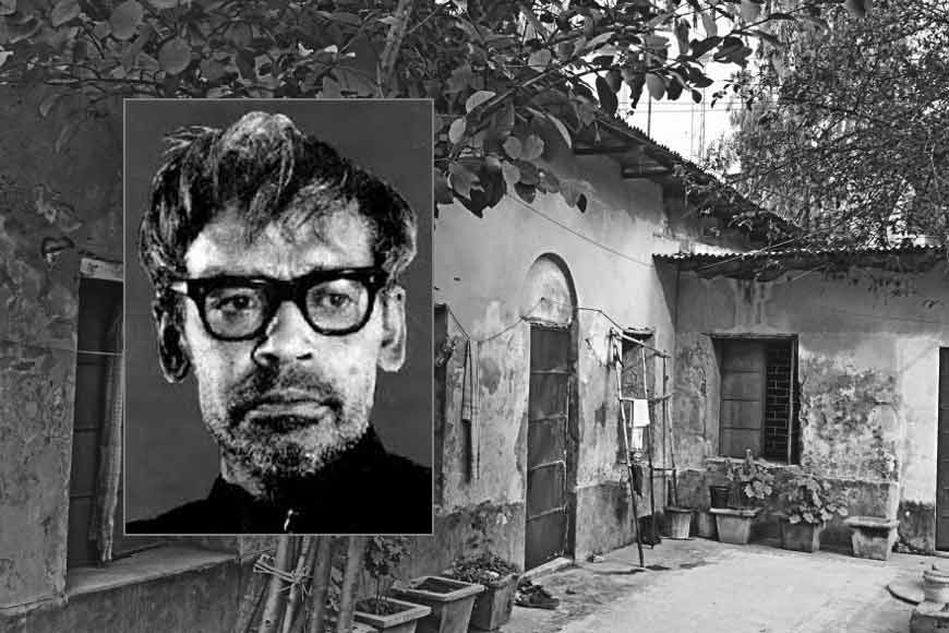 Intellectuals and locals of Bangladesh form human chain to save Ritwik Ghatak's Rajshahi house