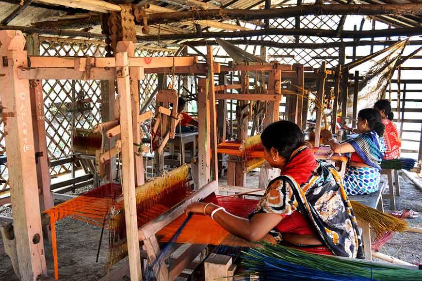 National Handicraft Award for women mat makers of Medinipur