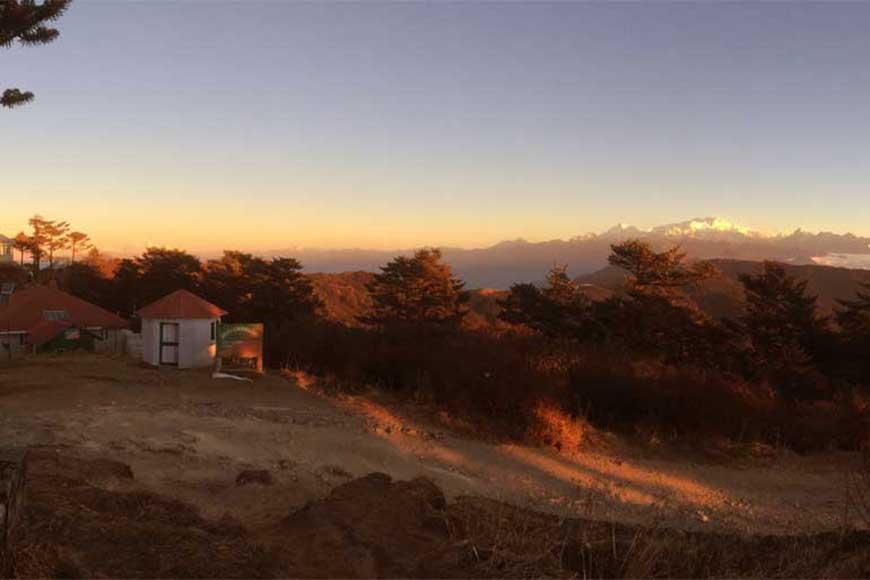 Let's go on Sandakphu Trek! Enjoy atop the highest peak of Bengal