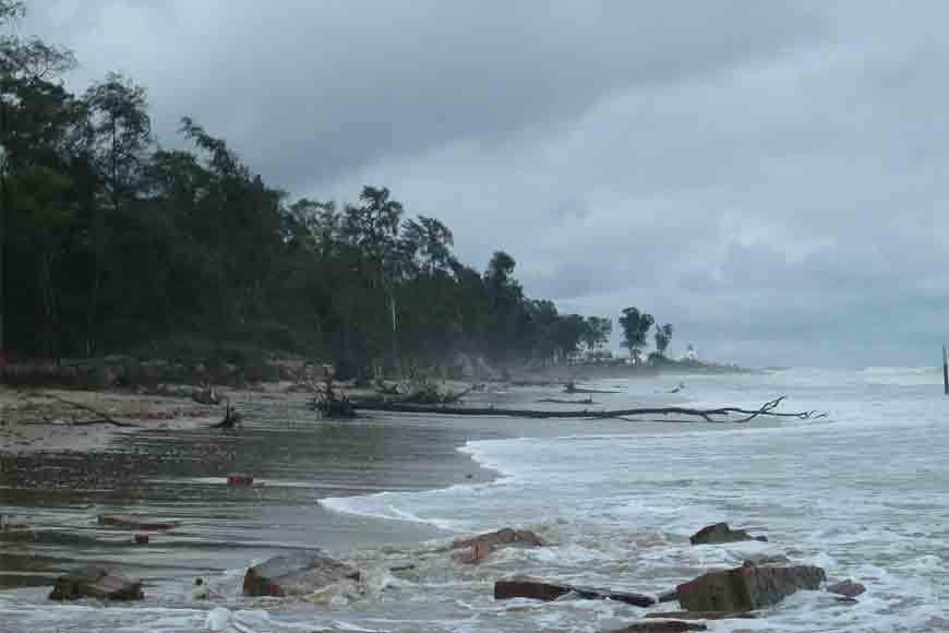 Monsoon dip at Bengal's fishing harbour Shankarpur