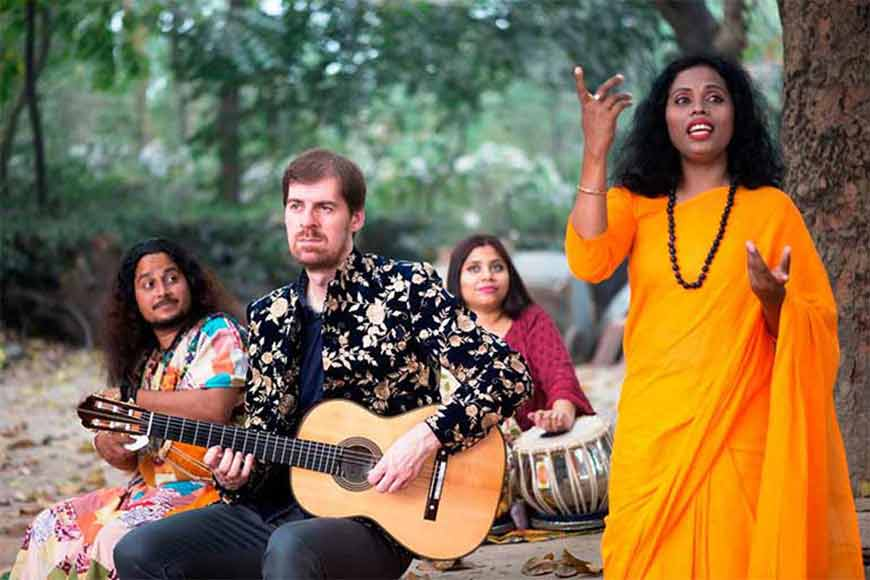 Famous composer Simon Thacker from Scotland tours Bengal for the love of Baul music