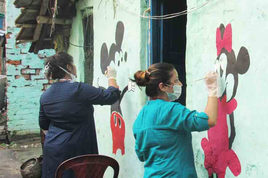 Students of J.D. Birla Institute beautify Tolly slums