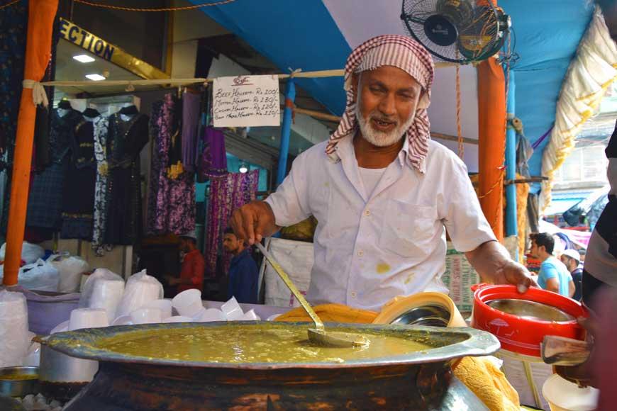 Chowk Bazar of Dhaka comes alive on Kolkata's Zakaria Street